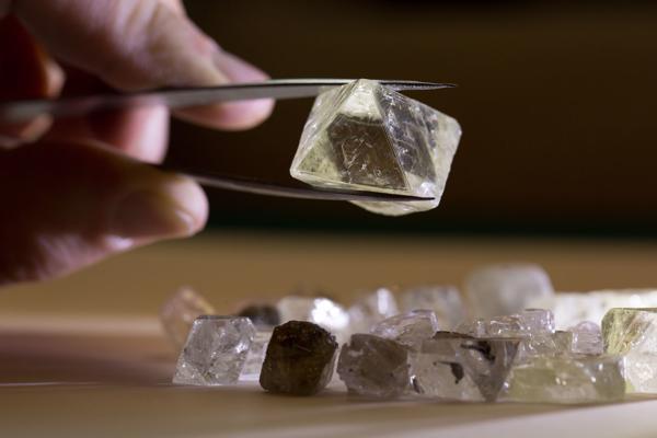 Rohdiamanten Mir Mine Sibirien