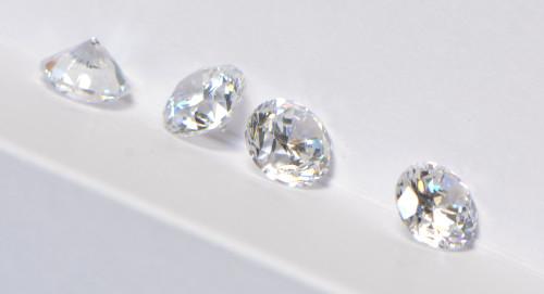Falsche Diamanten erkennen