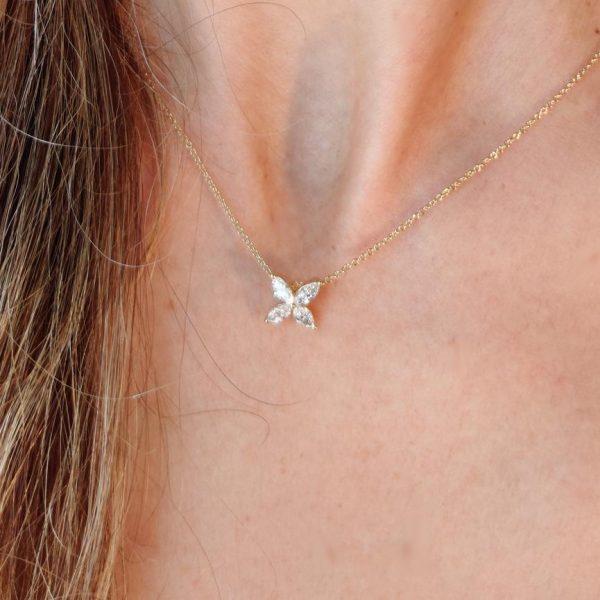 Diamant Collier Gelbgold Blume Navette 18K