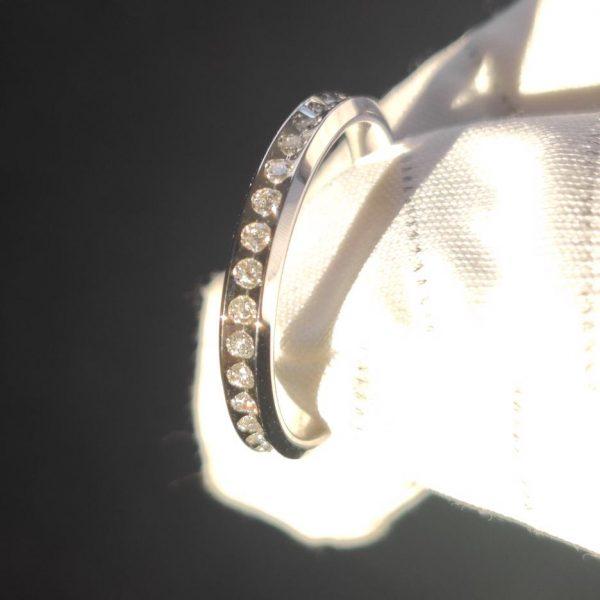 0,34 ct Venere Slim UNOAERRE Weissgold Memory Ring