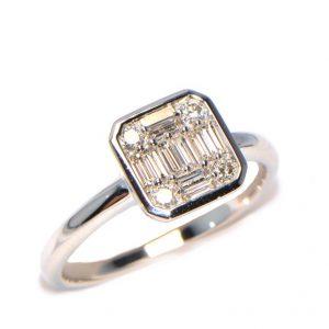 Diamantring Weissgold Baguette