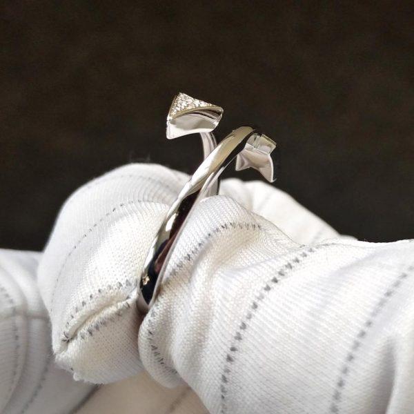 Diamantring Weissgold Pfeil