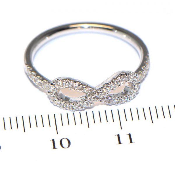 Diamantring Weissgold Schleife