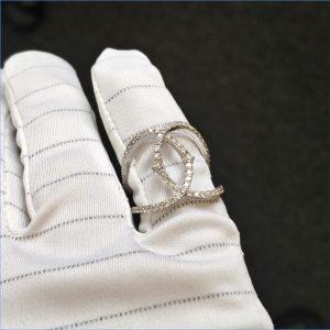 Diamantring Weissgold modern fast 3 Karat